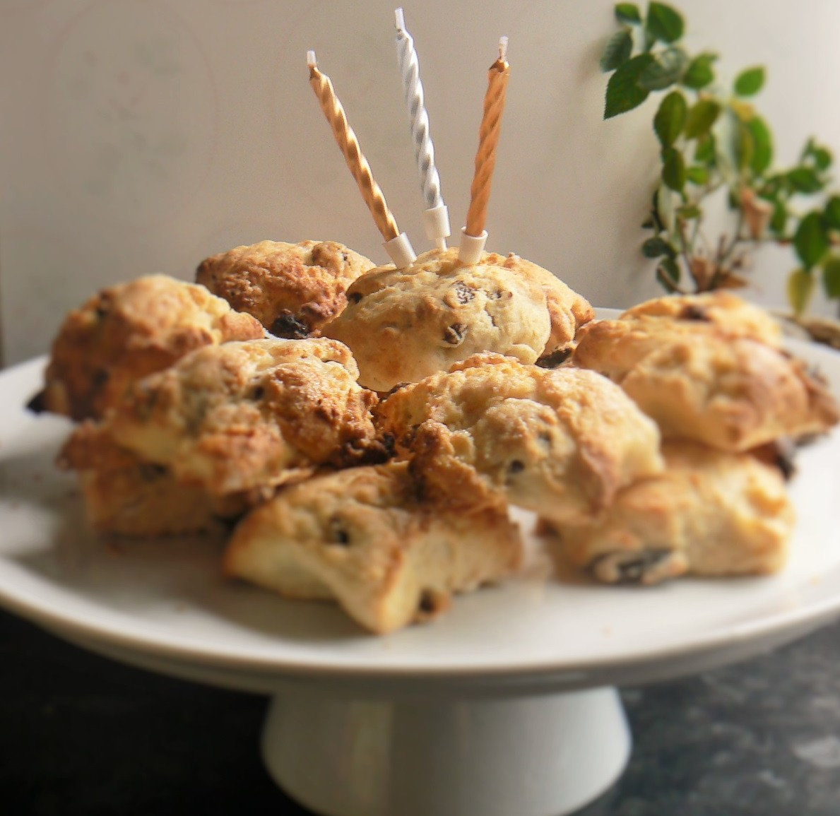 Alys' Vegan Coconut & Lime Scones. Dairyfree, Eggfree & Soyfree https://thepeachicksbakery.co.uk