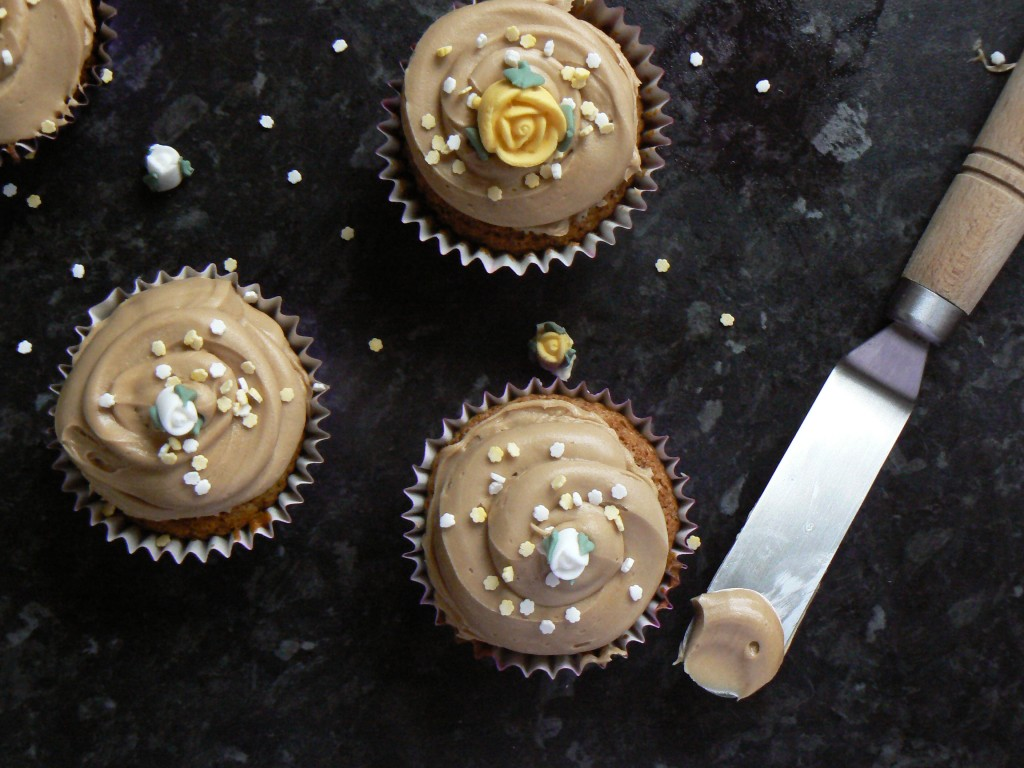 These little Pretty Vegan Coffee Cupcakes make beautiful hand-made edible gifts. They would also be a perfect treat for a dairy free Mother's Day afternoon tea.