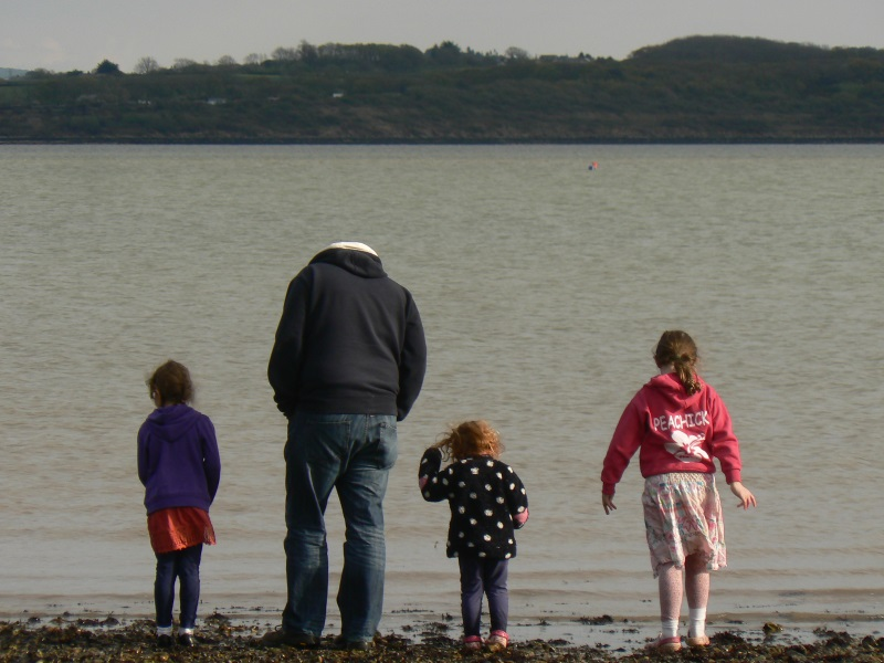 Lepe Country Park: Sunny Spring Evening on the Beach