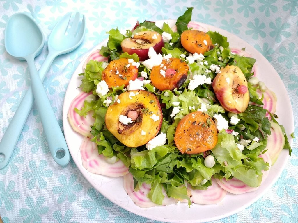 Fed up of the Vegetarian alternative at a BBQ being Mushrooms or worse Soya based? Then look no further because this BBQ Apricot & Nectarine Steak Salad from @Peachicksbakery is perfect for any summer get together with friends or family!  It's #Eggfree, #Glutenfree, #soyfree and #vegan depending on which cheese you use.