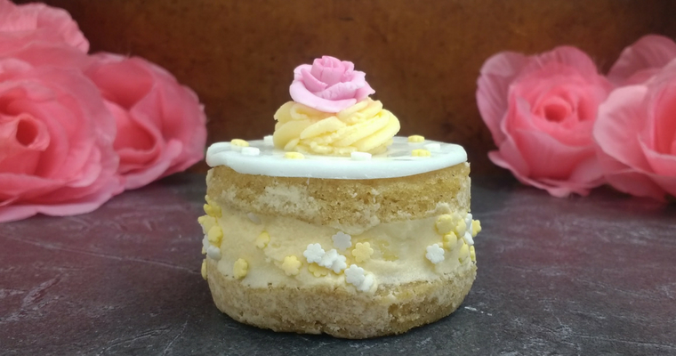 Individual Glutenfree Vegan Lemon & Elderflower Cakes