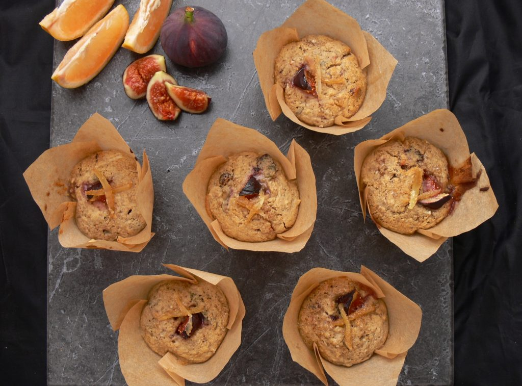 These Sweet Spiced Fig Muffins from @peachicksbakery are inspired by a magical weekend with the Free From Gang at Domaine du Pignoulet, in gorgeous Gascony. They are packed full of the good stuff but low in refined sugar thanks to a wholegrain flour and grated apple sponge.  #Dairyfree, #eggfree #Glutenfree and suitable for #vegans, these are the perfect post-workout treat or grab & go breakfast.  Stuffed full of jammy fresh figs, sweet dried fruit, spicy crystallized ginger and crunchy mixed seeds all with a sour hit of pink grapefruit!
