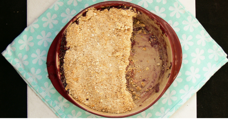 Easy Vegan Apple Crumble